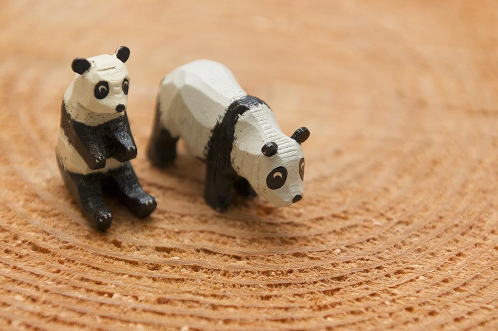 木彫りのパンダ