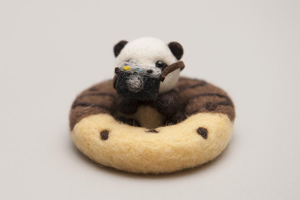 羊毛フェルトのパンダさん